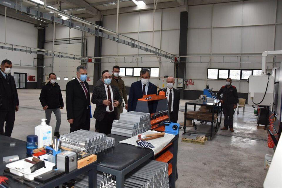 Vali Sezer, Silah İhtisas OSB'yi ziyaret etti